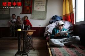 一個藏族大學生的困惑,貧窮的父母為啥要生這么多孩子?